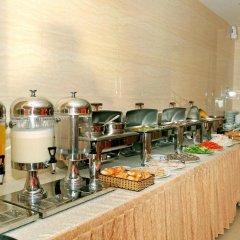 Отель Corvin Hotel Вьетнам, Вунгтау - отзывы, цены и фото номеров - забронировать отель Corvin Hotel онлайн питание
