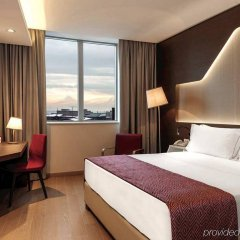 DoubleTree by Hilton Hotel Yerevan City Centre комната для гостей фото 4