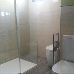 Отель Apartamentos Fuengirola Playa Испания, Фуэнхирола - отзывы, цены и фото номеров - забронировать отель Apartamentos Fuengirola Playa онлайн ванная