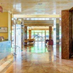 Отель Isabel Торремолинос интерьер отеля