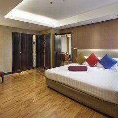 Rembrandt Hotel Suites and Towers Бангкок сейф в номере