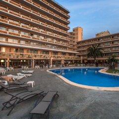 Отель FERGUS Style Tobago бассейн