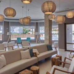 Отель BQ Can Picafort гостиничный бар