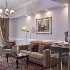AVA Hotel & Suites комната для гостей