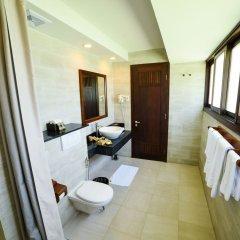 Отель Palm Garden Beach Resort And Spa Хойан ванная фото 2