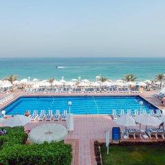 Sharjah Carlton Hotel бассейн фото 3