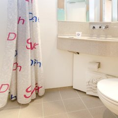 Отель Cabinn Odense Оденсе ванная