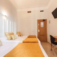 Отель Hostal Josefina Испания, Мадрид - отзывы, цены и фото номеров - забронировать отель Hostal Josefina онлайн комната для гостей фото 5