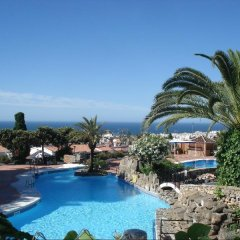 Отель El Capistrano Village бассейн