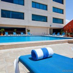 Отель Holiday Inn Puebla La Noria бассейн фото 2