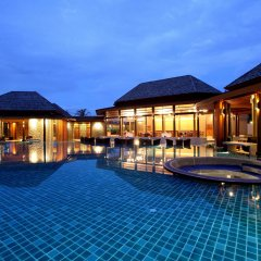 Отель APSARA Beachfront Resort and Villa бассейн
