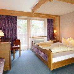 Отель Gasthof Neue Post Австрия, Хохгургль - отзывы, цены и фото номеров - забронировать отель Gasthof Neue Post онлайн комната для гостей фото 2