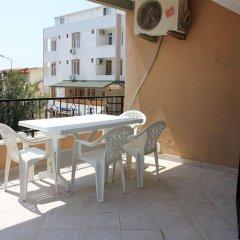 özge pansiyon Турция, Алтинкум - отзывы, цены и фото номеров - забронировать отель özge pansiyon онлайн балкон
