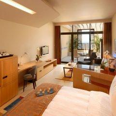 Отель Kempinski Hotel Ishtar Dead Sea Иордания, Сваймех - 2 отзыва об отеле, цены и фото номеров - забронировать отель Kempinski Hotel Ishtar Dead Sea онлайн удобства в номере фото 2