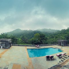 Hotel Aranyawas бассейн фото 3
