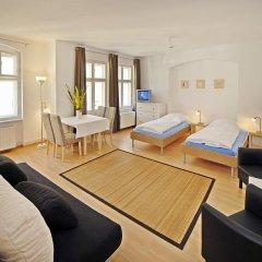 Отель Old Town Apartments Schönhauser Allee Berlin Германия, Берлин - отзывы, цены и фото номеров - забронировать отель Old Town Apartments Schönhauser Allee Berlin онлайн комната для гостей фото 2