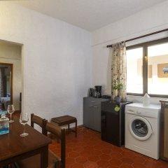 Апартаменты Emmanuel Apartments в номере