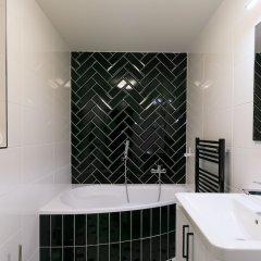 Отель Avantgarde apartments Чехия, Пльзень - отзывы, цены и фото номеров - забронировать отель Avantgarde apartments онлайн ванная