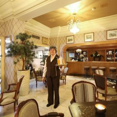Отель Lisboa Plaza Лиссабон гостиничный бар