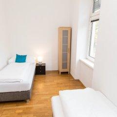 Отель CheckVienna - Apartment Familienplatz Австрия, Вена - отзывы, цены и фото номеров - забронировать отель CheckVienna - Apartment Familienplatz онлайн балкон