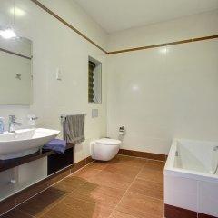 Отель Pure Luxury Apartment With Pool Мальта, Слима - отзывы, цены и фото номеров - забронировать отель Pure Luxury Apartment With Pool онлайн ванная