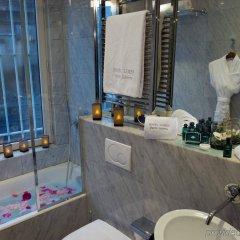 Отель Lumen Paris Louvre Франция, Париж - 10 отзывов об отеле, цены и фото номеров - забронировать отель Lumen Paris Louvre онлайн ванная
