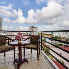 Отель Hue Crown Boutique Hotel Вьетнам, Хюэ - отзывы, цены и фото номеров - забронировать отель Hue Crown Boutique Hotel онлайн балкон