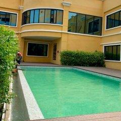 Отель S Bangkok Hotel Navamin Таиланд, Бангкок - отзывы, цены и фото номеров - забронировать отель S Bangkok Hotel Navamin онлайн бассейн