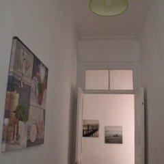 Отель 1 of Us Hostel Португалия, Понта-Делгада - отзывы, цены и фото номеров - забронировать отель 1 of Us Hostel онлайн интерьер отеля фото 2