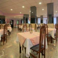 Отель Medina Azahara Торремолинос питание