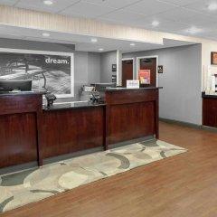 Отель Hampton Inn Newark Airport США, Элизабет - отзывы, цены и фото номеров - забронировать отель Hampton Inn Newark Airport онлайн питание
