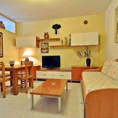 Отель Apartamentos Cel Blau удобства в номере фото 2