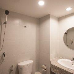 Отель Recenta Express Phuket Town Пхукет ванная
