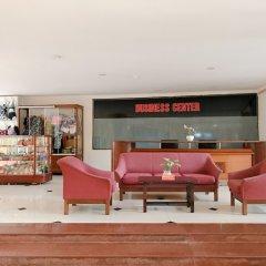 Отель Cap Saint Jacques гостиничный бар