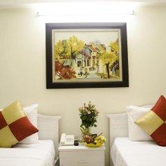 Blue Moon Hotel комната для гостей