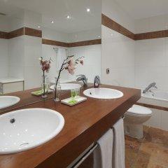 Апартаменты Playa de La Concha 3 Apartment by FeelFree Rentals ванная