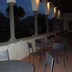 Отель Monastero Del Lavello Италия, Калольциокорте - отзывы, цены и фото номеров - забронировать отель Monastero Del Lavello онлайн питание фото 2
