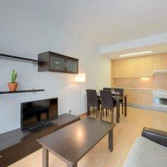 Отель Tryp Madrid Airport Suites комната для гостей фото 4