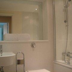Отель Clarendon Lanterns Court ванная