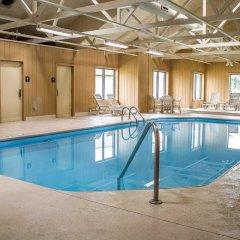 Отель Comfort Inn North Conference Center бассейн фото 2