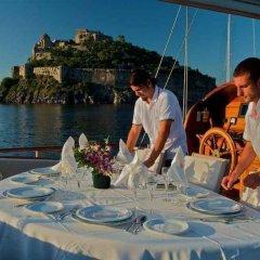 Отель Plaghia Charter Boat & Breakfast Италия, Кастелламмаре-ди-Стабия - отзывы, цены и фото номеров - забронировать отель Plaghia Charter Boat & Breakfast онлайн питание фото 3
