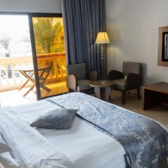 Отель Beach Resort by Bin Majid Hotels & Resorts удобства в номере фото 2