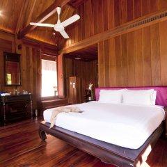 Отель Burasari Heritage Luang Prabang сейф в номере