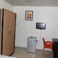 Отель Michelle Suites Нигерия, Калабар - отзывы, цены и фото номеров - забронировать отель Michelle Suites онлайн удобства в номере