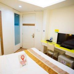 Отель Nida Rooms Khlong Toei 390 Sky Train Бангкок удобства в номере фото 2