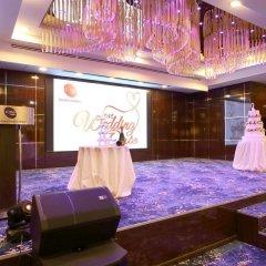 Отель Corus Hotel Kuala Lumpur Малайзия, Куала-Лумпур - 1 отзыв об отеле, цены и фото номеров - забронировать отель Corus Hotel Kuala Lumpur онлайн развлечения