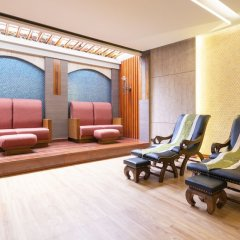Отель Khaolak Bay Front Resort сауна