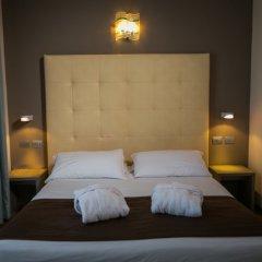 Отель Touring Римини комната для гостей фото 3