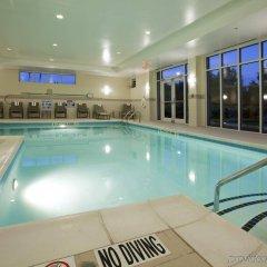 Отель Holiday Inn Raleigh Durham Airport бассейн