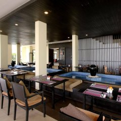 Отель APSARA Beachfront Resort and Villa гостиничный бар